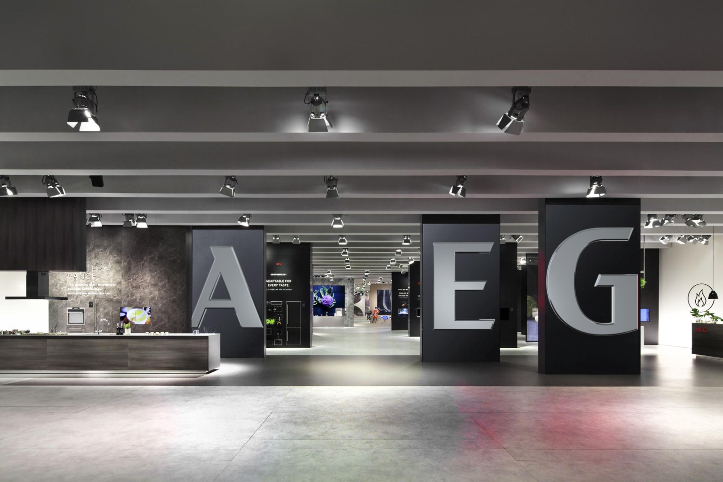 AEG-reloaded